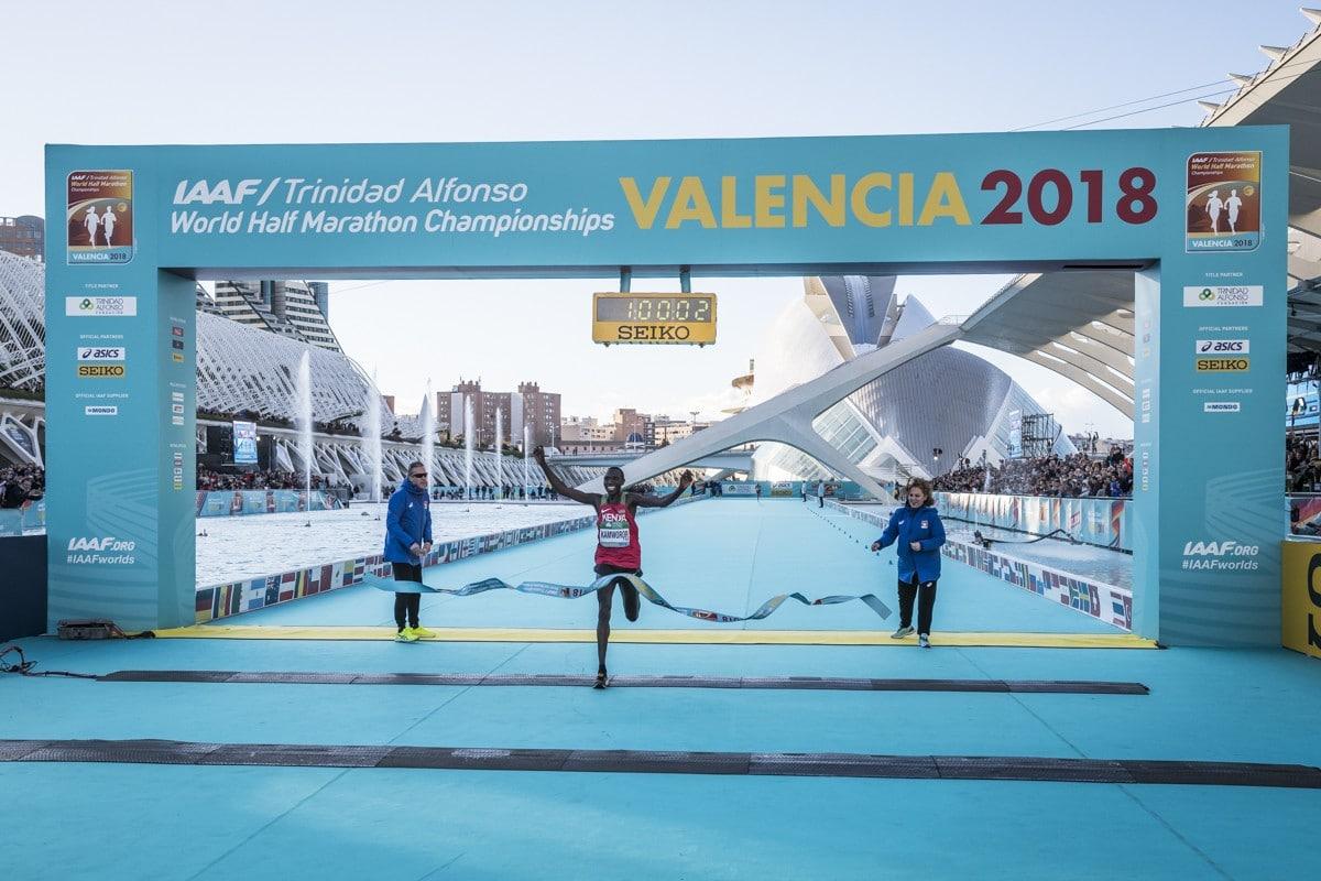 record del mundo media maraton valencia